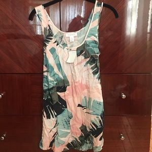Brand new with tags tie-back maternity top